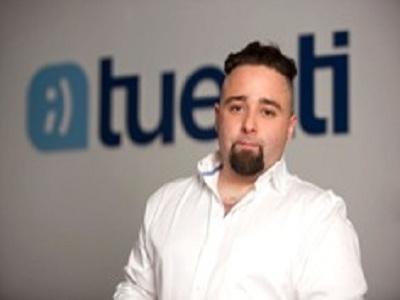 El director de comunicación de Tuenti abandona