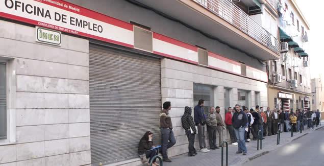 El paro sube en personas en octubre for Horario oficina inem madrid