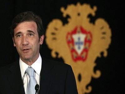 Portugal elimina pagas extra y amplia el horario laboral