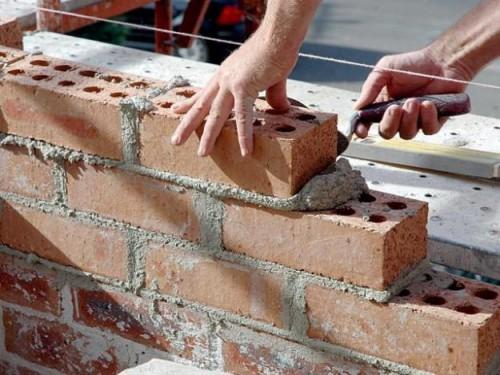 reformas y construccion 500x375 Impulso a los autónomos del sector de la construcción