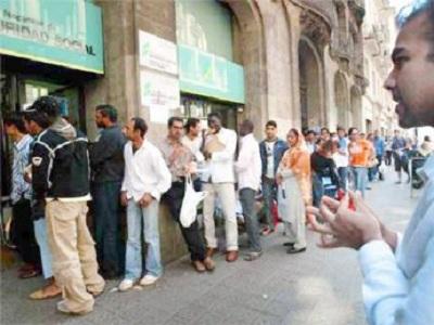 La Seguridad Social pierde 31.300 cotizantes extranjeros en octubre