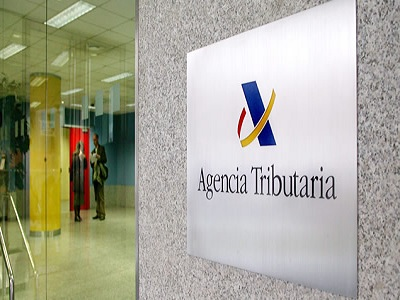 Hacienda ya permite saldar deudas por tel fono for Oficina tributaria