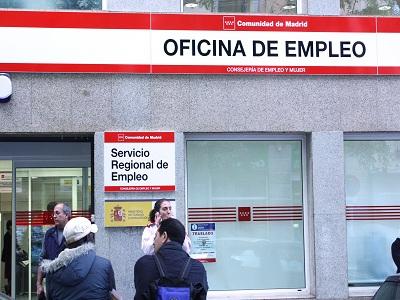 EL 54% de los españoles cree que la situación laboral empeorará este año