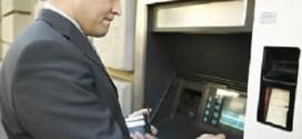 Los consumidores puden llegar a pagar hasta 570 euros al año en comisiones bancarias