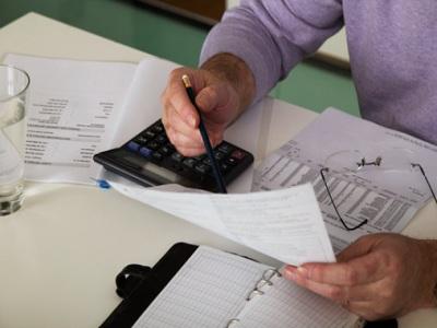 UPTA ayudará a autónomos sobre el cobro de las facturas de la Administración