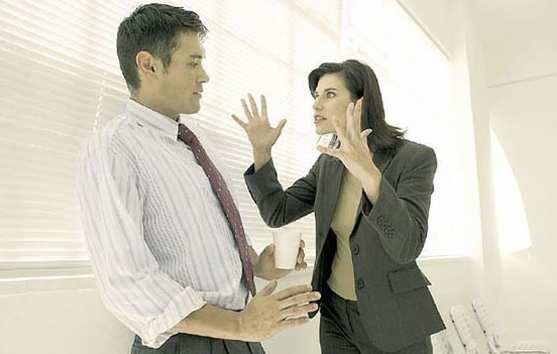 """Consejos para evitar """"malos rollos"""" en el trabajo"""