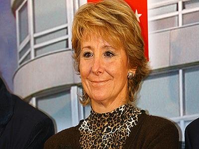 Aguirre asegura que se va a cambiar la ley antitabaco para favorecer la llegada de Eurovegas