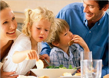 Las familias pagarán sobre unos 500 euros más al año por la subida del IVA