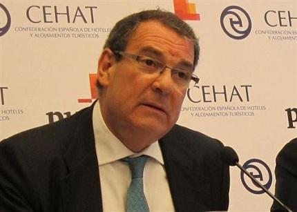 El presidente de la Cehat rechaza la subida del IVA del 8 % al 10 % para el turismo