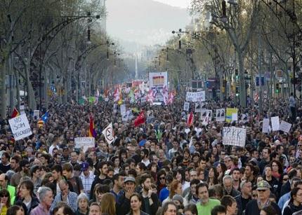 CC.OO. y UGT trámitan la convocatoria de la huelga general del 14-N