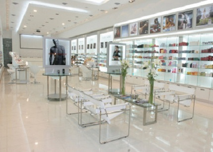 El mercado ibérico de perfumería y cosmética empleó el año pasado a 33.800 trabajadores