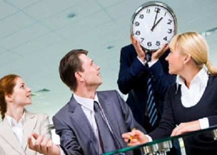 ¿Qué te hace perder el tiempo en el trabajo?