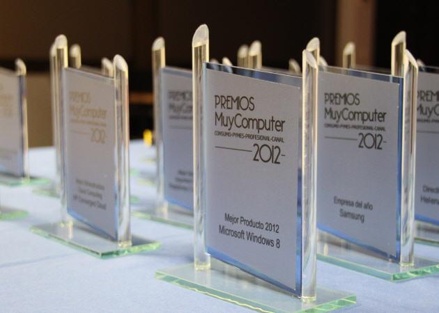 Premios-MuyComputer-2012-trofeos