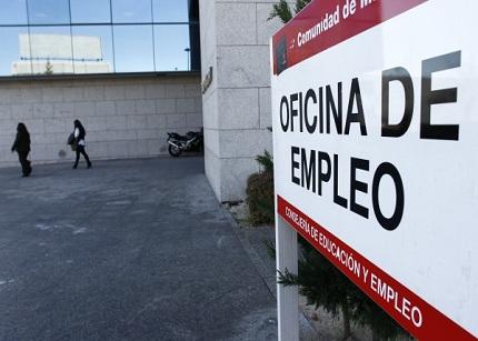 El Tribunal Supremo entiende que un parado abandone España más de 15 días sin avisar y cobre
