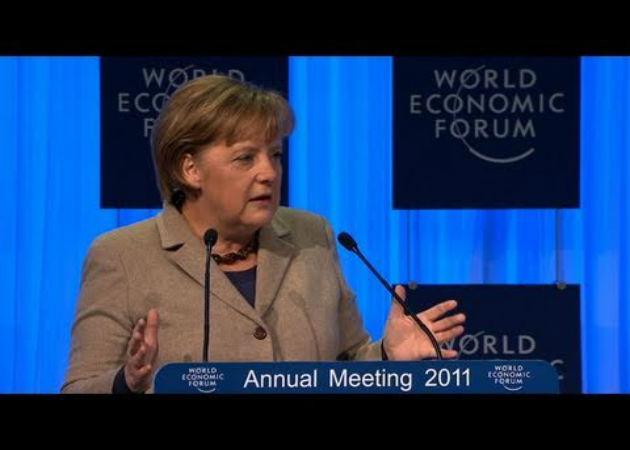 Merkel menciona el desempleo juvenil español como el mayor problema de la Eurozona