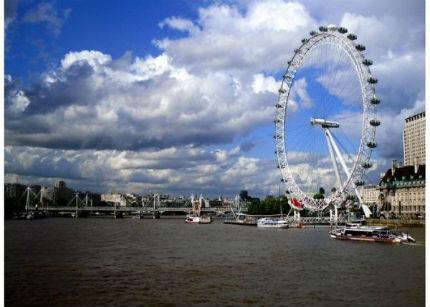 La Embajada Española en Londres crea un portal de empleo