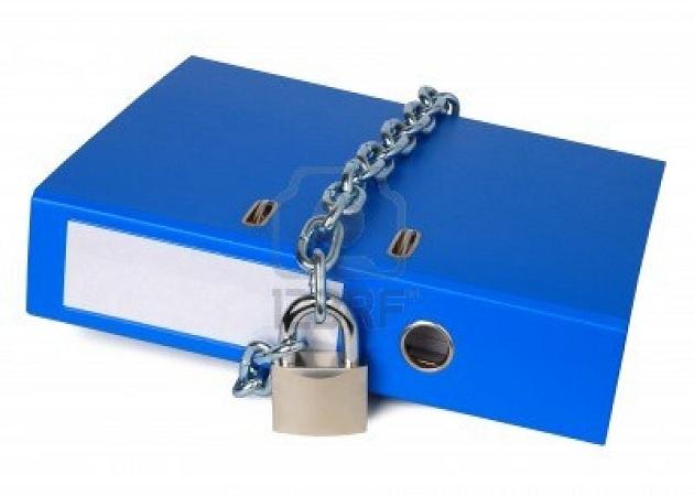 La mitad de los trabajadores en paro tienen en su poder datos confidenciales