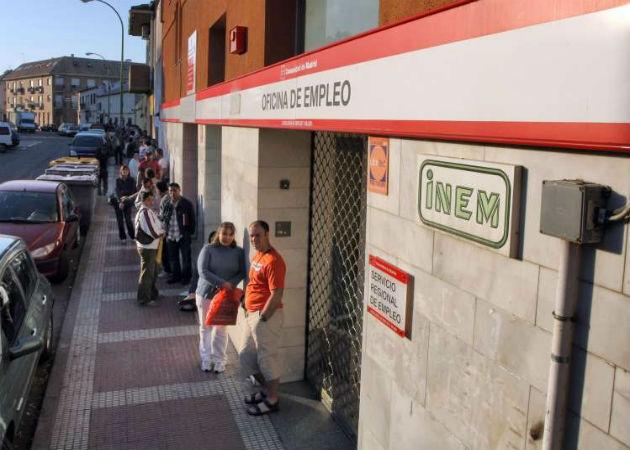 La OCDE recomienda a España pagar paro sólo a aquellos que busquen empleo