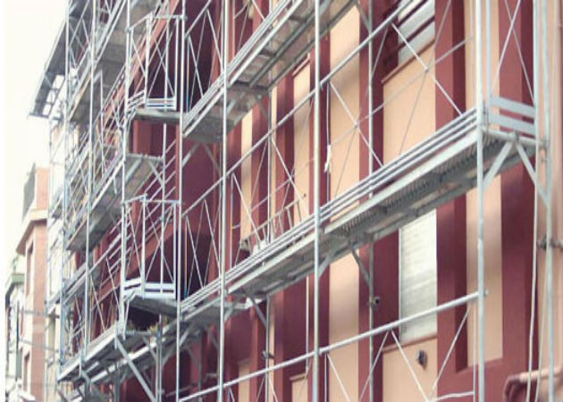 Fomento ayudará a las comunidades de vecinos que rehabiliten sus edificios