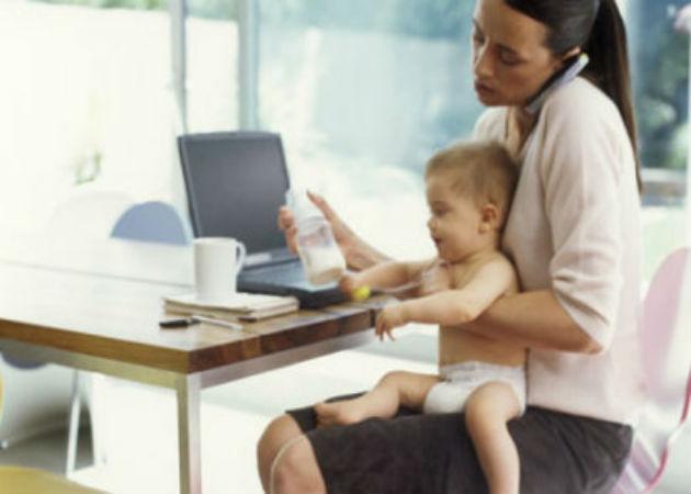 Más de medio millón de amas de casa se han incorporado al mercado laboral desde 2009