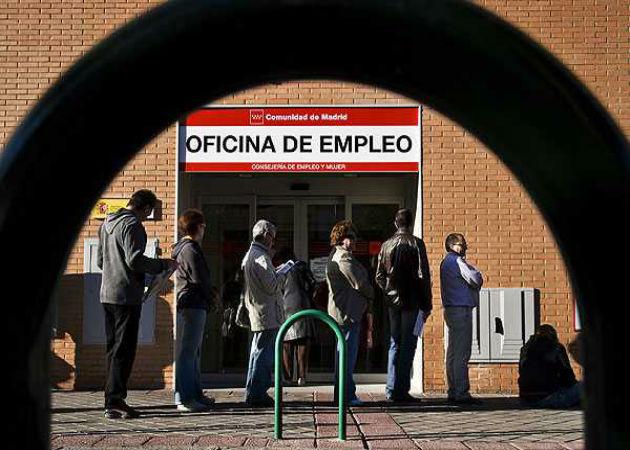 La tasa de desempleo en la zona euro vuelve a subir hasta el nivel récord del 11,9%
