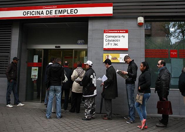 Los parados con más de tres años sin empleo aumentaron un 48% en 2012