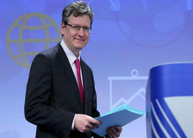 El comisario europeo de Empleo critica la lentitud de Rajoy