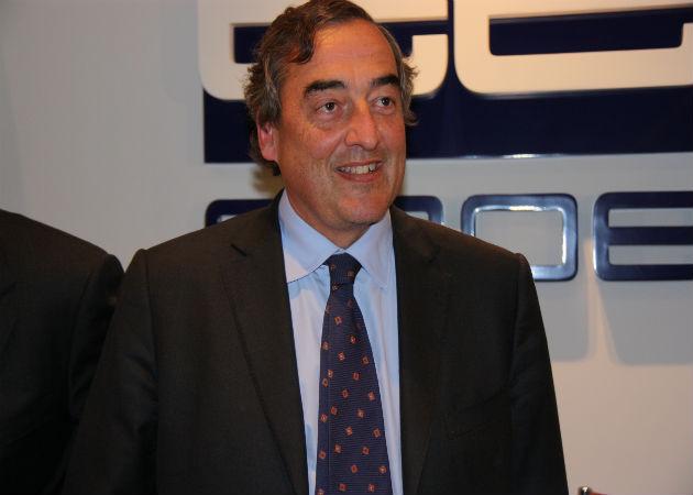 El presidente de la CEOE sugiere quitar el paro a quien cobre un despido de más de 80.000 euros