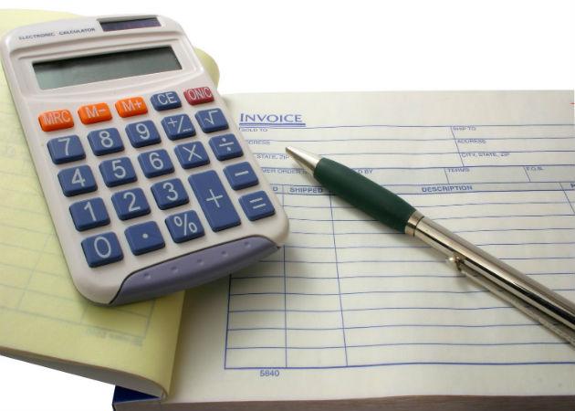 Pagar impuestos cuesta a las pymes hasta 4.000 euros en recursos