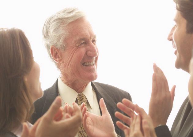Retrasar la jubilación reduce el riesgo de sufrir Alzheimer