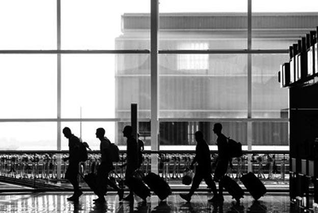Crece un 41% los jóvenes españoles que han emigrado al extranjero desde 2008