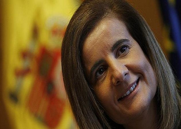 """Fátima Báñez considera que no hay """"exilio masivo"""" de jóvenes"""
