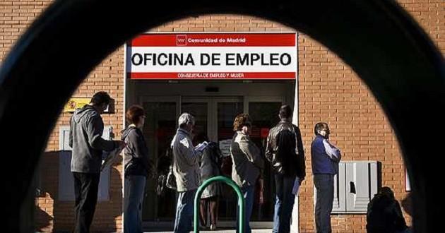 El desempleo en la zona del euro se mantuvo estable en julio en el 12,1 %