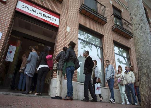 Los españoles, más confiados en encontrar empleo