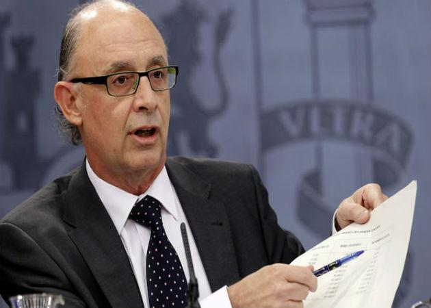 Montoro afirma que la bajada del IRPF se notará en enero de 2015