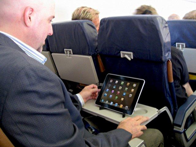 tablet_plane