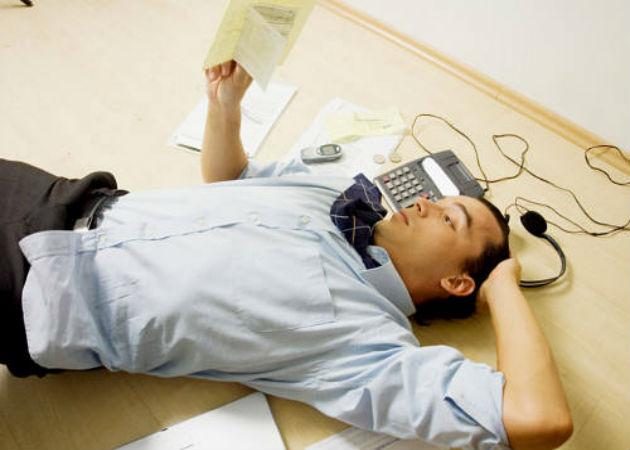 4 malos hábitos que te pueden estar haciendo perder el sueño