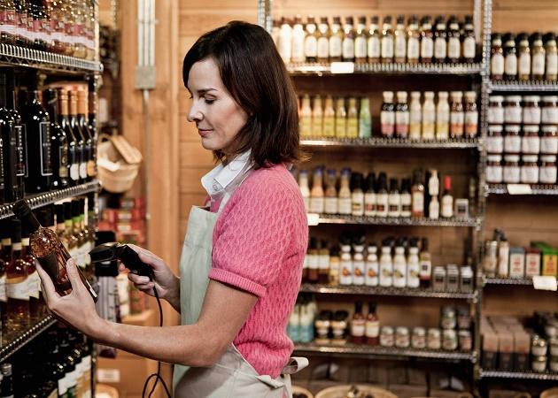 El empleo en el comercio minorista se redujo un 1,9% en 2013 respecto al año anterior