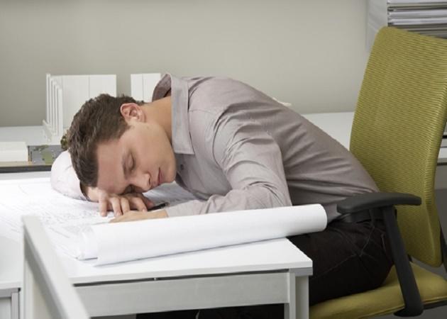 ¿Dormir la siesta en el trabajo? ¿Por qué podría valer la pena analizarlo?