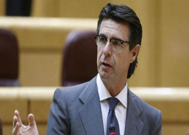 El ministro de Industria presenta a jóvenes y empresas la línea Emprendetur