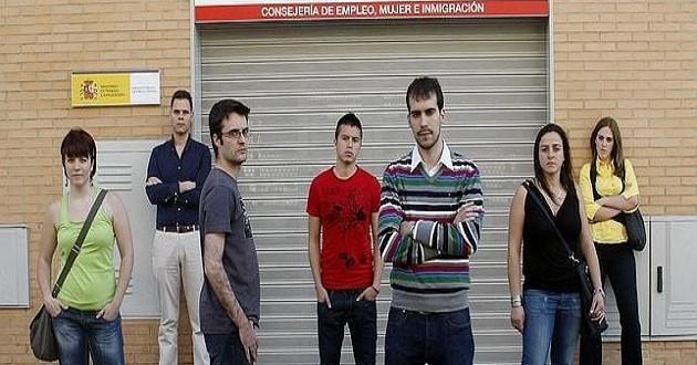 Casi la mitad de los jóvenes de entre 16 y 29 años no cobra más de 1.000 euros al mes