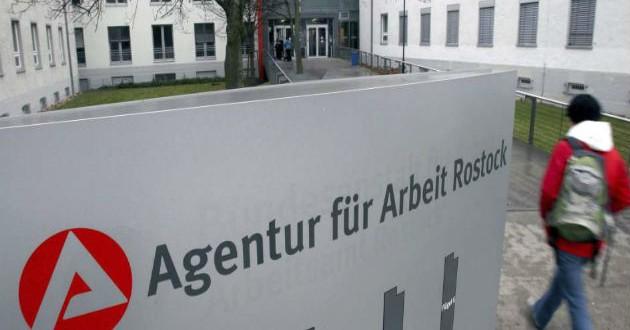 Alemania reduce de 10.000 a 2.000 las plazas de formación para jóvenes europeos en paro