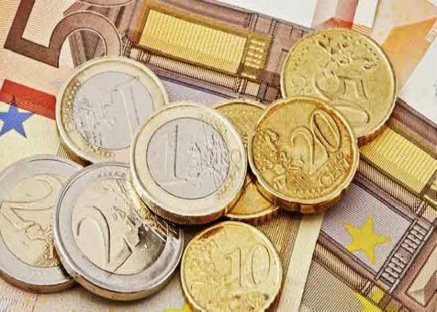 El Gobierno podría subir el salario mínimo entre el 0,5% y el 1% en 2015