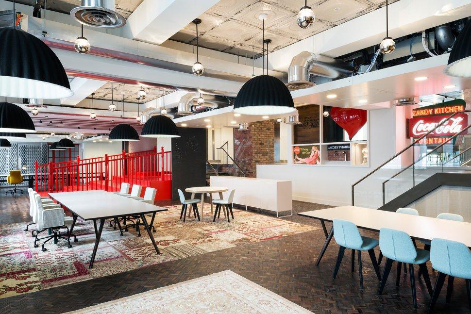 Las oficinas m s 39 cool 39 del mundo muypymes for Muebles de oficina kennedy