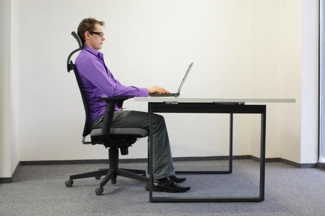 sentado_oficina