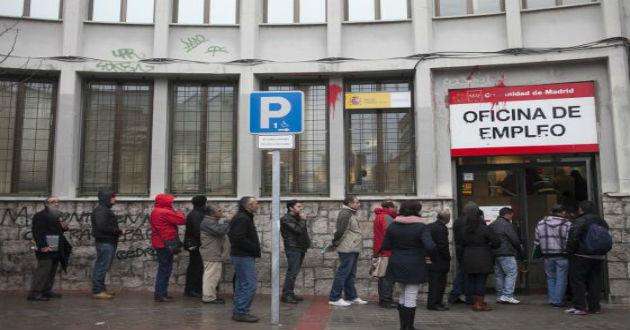 España acabará el año con más ocupados que en 2013