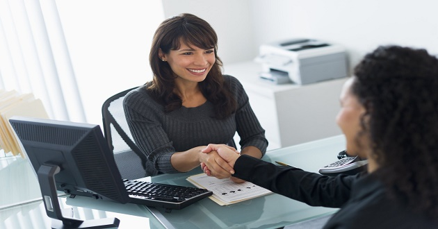10 errores a evitar en tu primera entrevista de trabajo