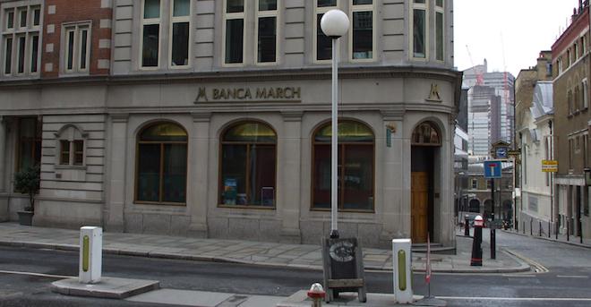 Oficina-de-Banca-March-