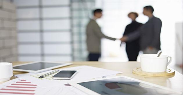 El 66% de los comerciales del sector Servicios no contemplan cambiar de trabajo