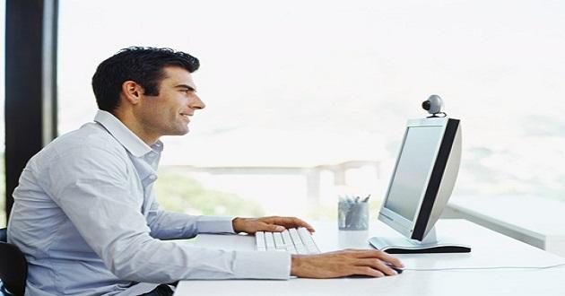 Todo lo que no debes hacer en una entrevista por videoconferencia